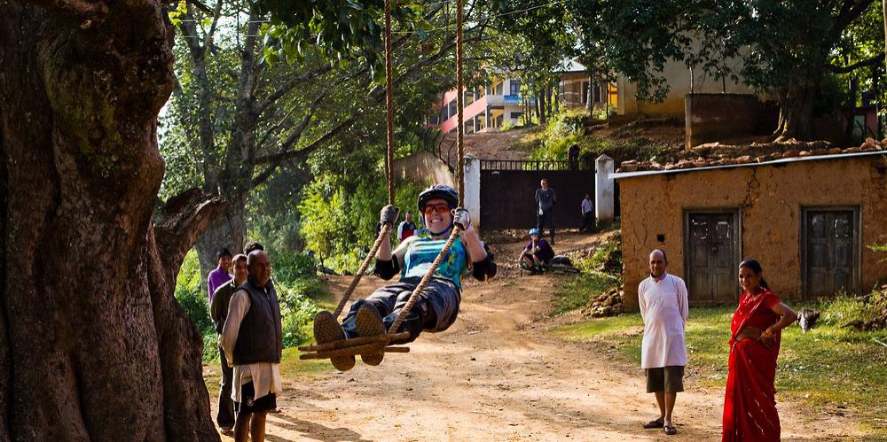 20111027-nepal-1861_1000x499_acf_cropped