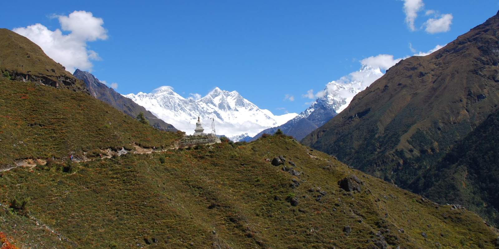 View-of-Everest-from-just-outside-Namche_1600x798_acf_cropped