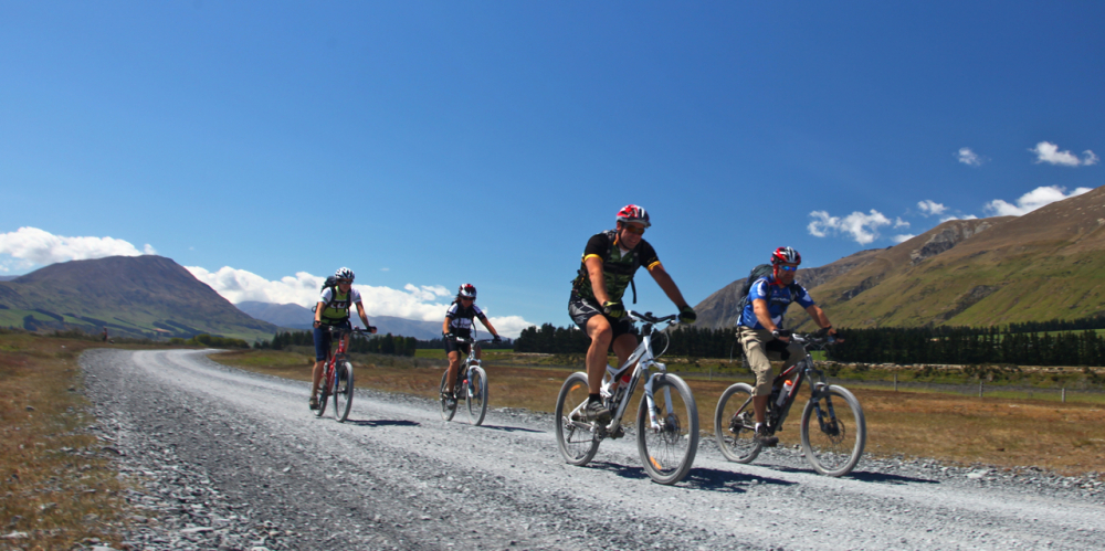 new-zealand-mountain-biking-2_1000x499_acf_cropped