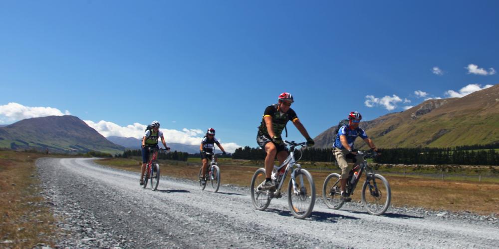 new-zealand-mountain-biking-2_1000x499_acf_cropped