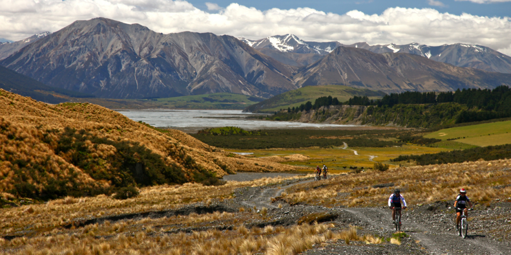 new-zealand-mountain-biking-3_1000x499_acf_cropped